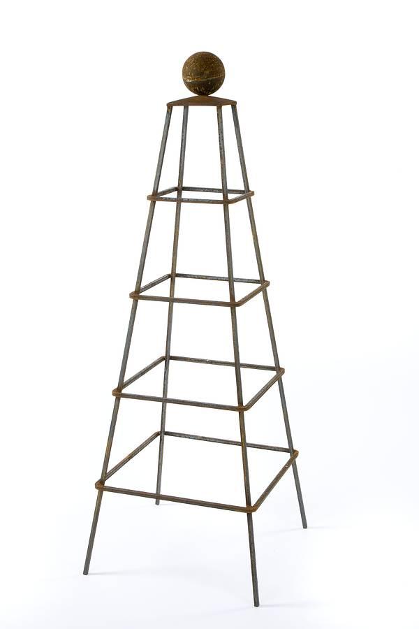 obelisk-tall