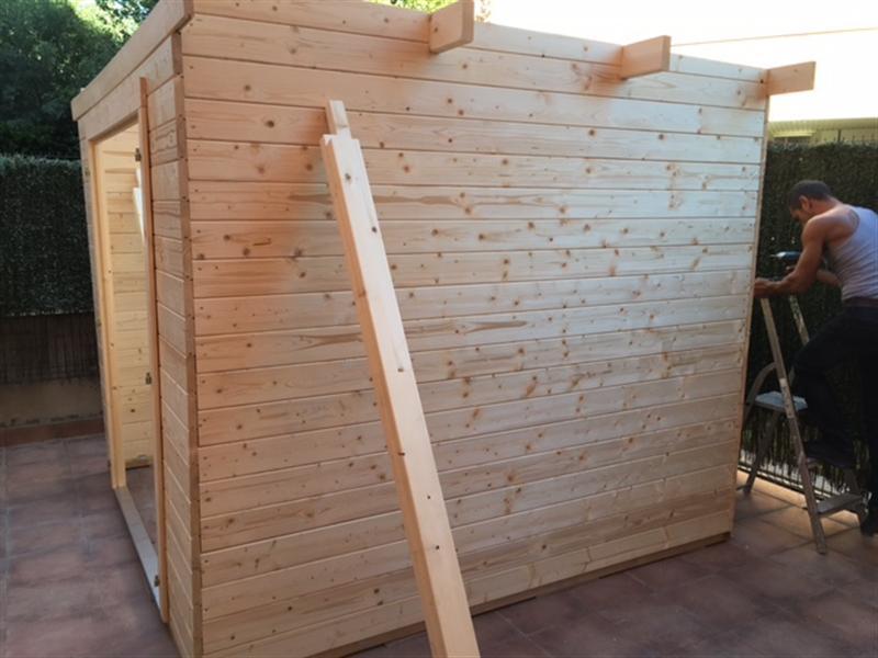 Caseta de madera modelo Lara