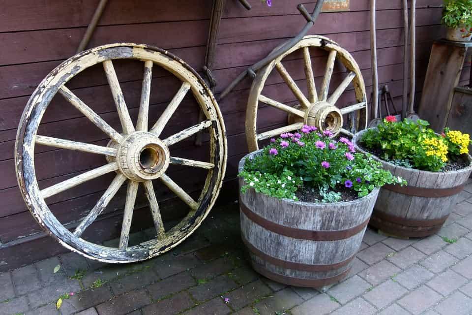Plantar-jardinera-de-madera