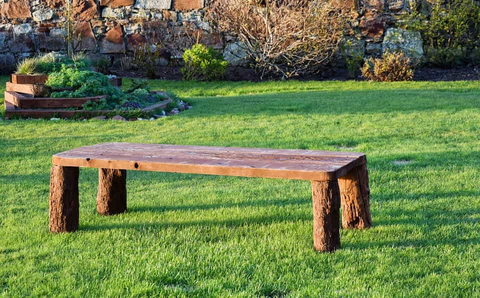 Mobiliario-madera-exterior