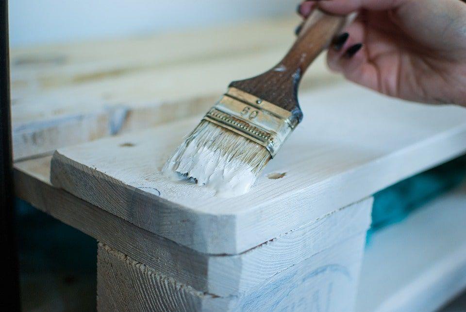 Pintura-mobiliario-de-madera